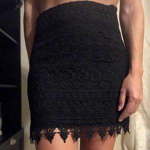 Black Lace Skirt Sz Small NWT